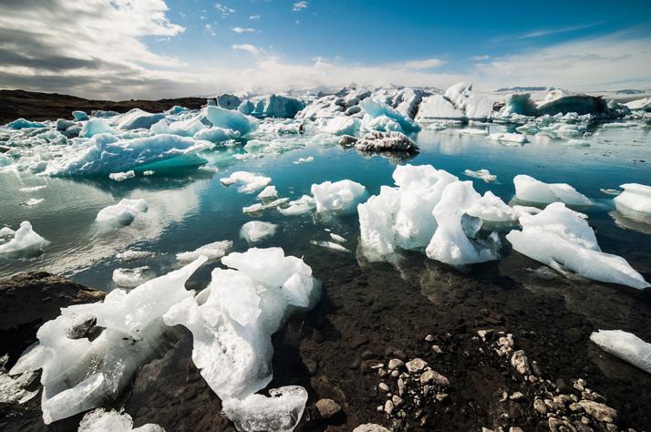 shutterstock_icebergs