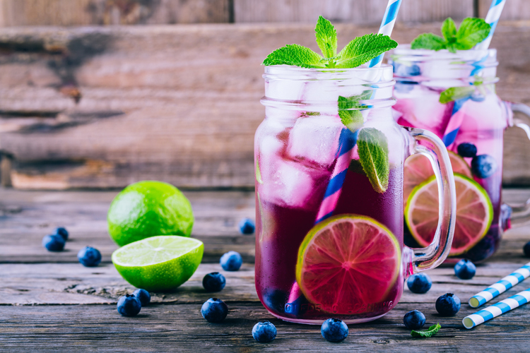 Top Photographers on Taking Irresistible Images of Cold Drinks — Work Fast