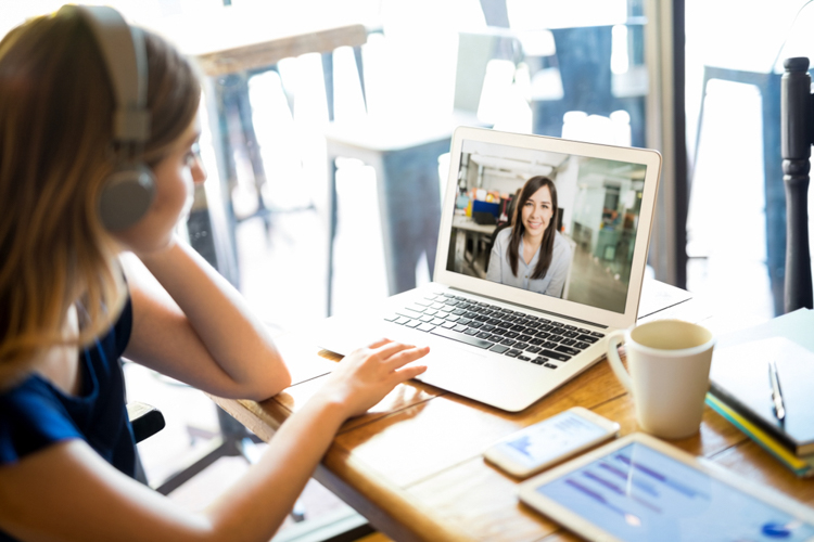 7 Tips on Avoiding Scams and Fake Photography Projects — Video Call