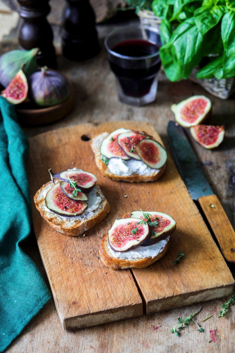 Cheap Tricks for Wallet-Friendly Stock Food Photography — Fig Bruschetta